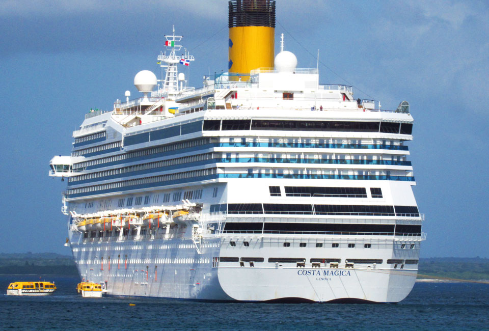 Costa magica cruise to the caribbean was it good or bad for Costa magica immagini