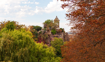 Parc des Buttes Chaumont Paris, France